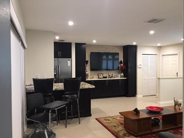 1320 Nw 48th Place, Deerfield Beach, FL 33064