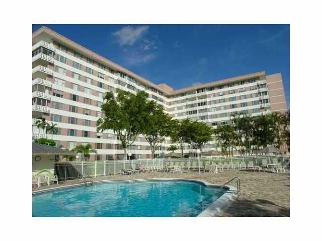 4400 Hillcrest Drive 211b, Hollywood, FL 33021