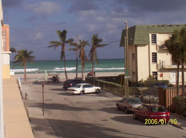 320 S Surf Road 206, Hollywood, FL 33019
