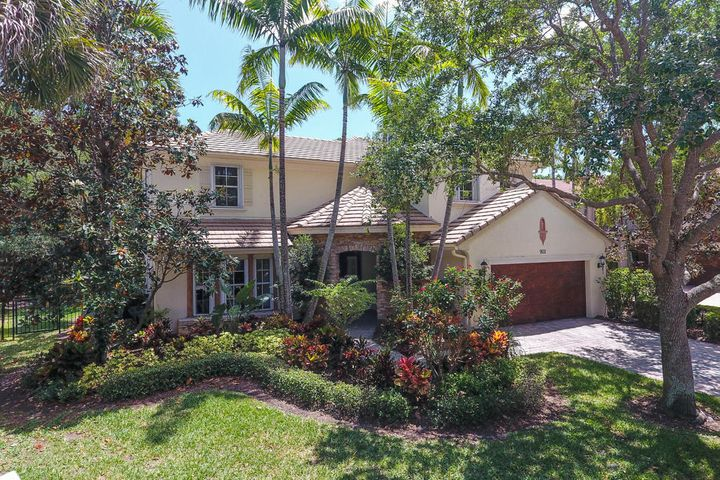 902 Mill Creek Drive, Palm Beach Gardens, FL 33410