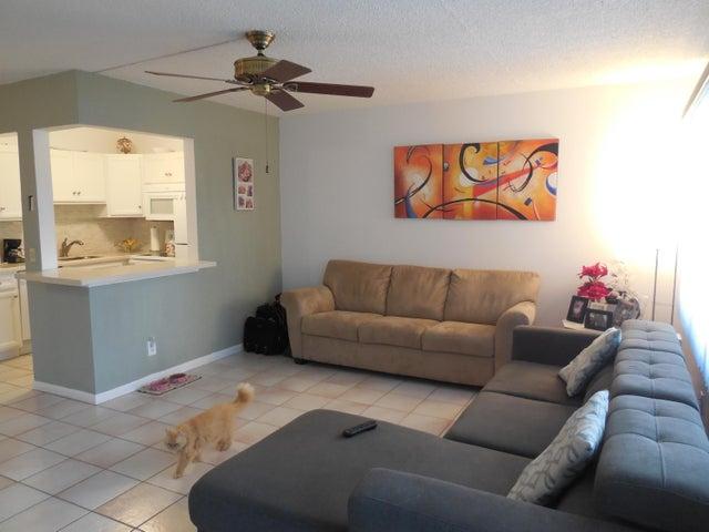 377 Windsor Q, West Palm Beach, FL 33417