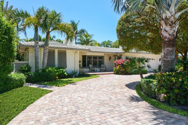 232 Cove Place, Jupiter Inlet Colony, FL 33469