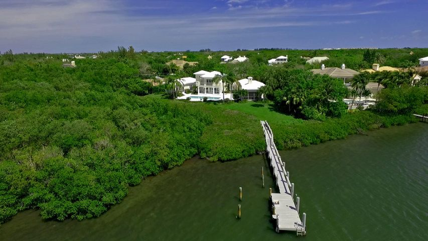 110 Estuary Circle, Vero Beach, FL 32963