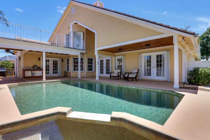 8786 SE Riverfront Terrace, Tequesta, FL 33469