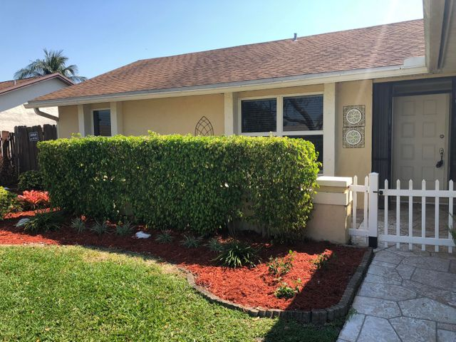 732 NW 42nd Way, Deerfield Beach, FL 33442