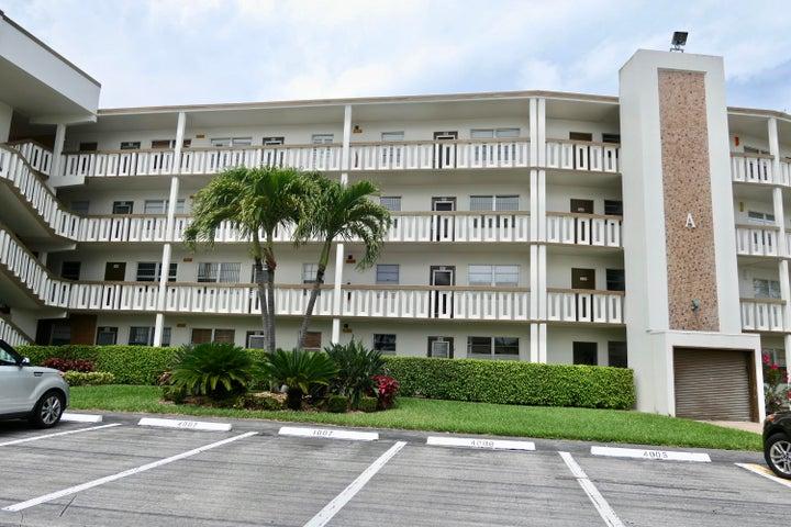 3009 Hythe A, Boca Raton, FL 33434