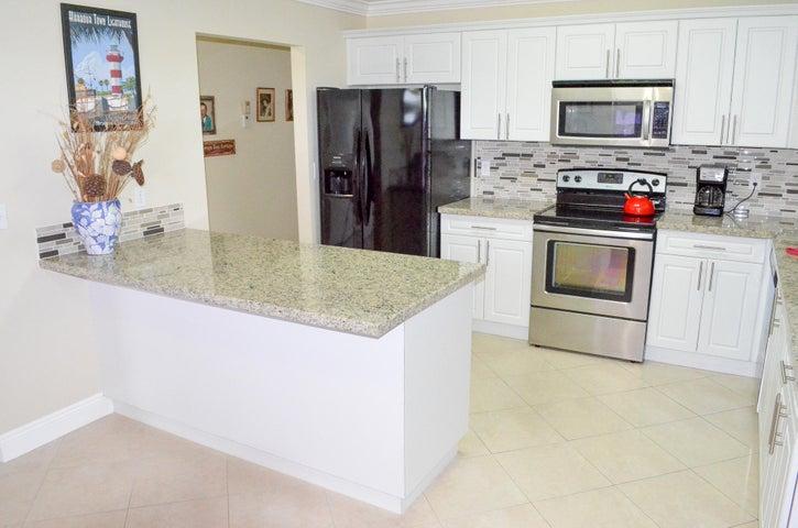 5010 Privet Place 201, Delray Beach, FL 33484