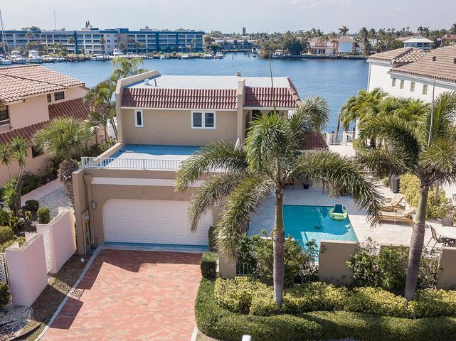 585 Pelican Way, Delray Beach, FL 33483
