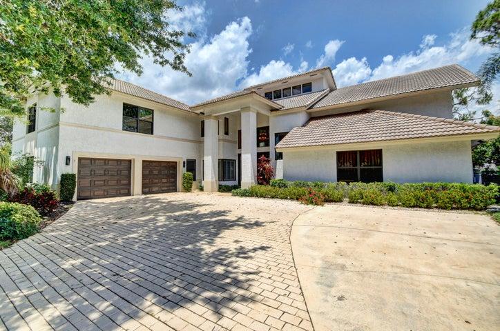 4491 Woodfield Boulevard, Boca Raton, FL 33434
