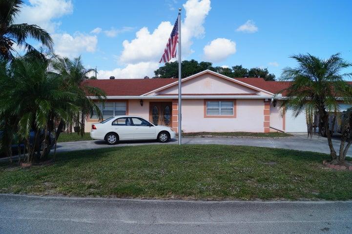 3059 Emerald Lane, Lake Worth, FL 33462