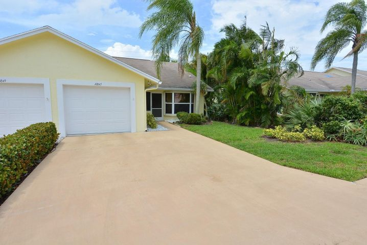 10843 SE Sea Pines Circle, Hobe Sound, FL 33455