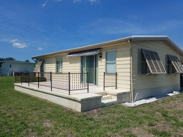 7931 SE Homestead Avenue, Hobe Sound, FL 33455