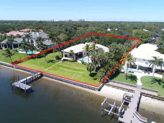 2273 Country Oaks Lane, Palm Beach Gardens, FL 33410