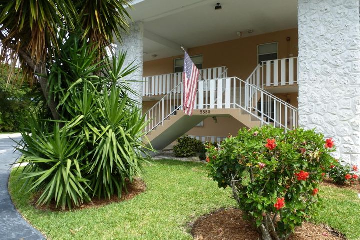 5550 N Ocean Boulevard 115, Ocean Ridge, FL 33435
