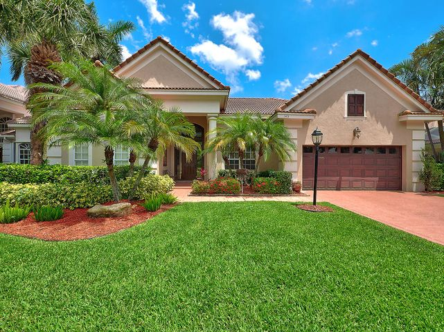 145 Oakwood Lane, Palm Beach Gardens, FL 33410
