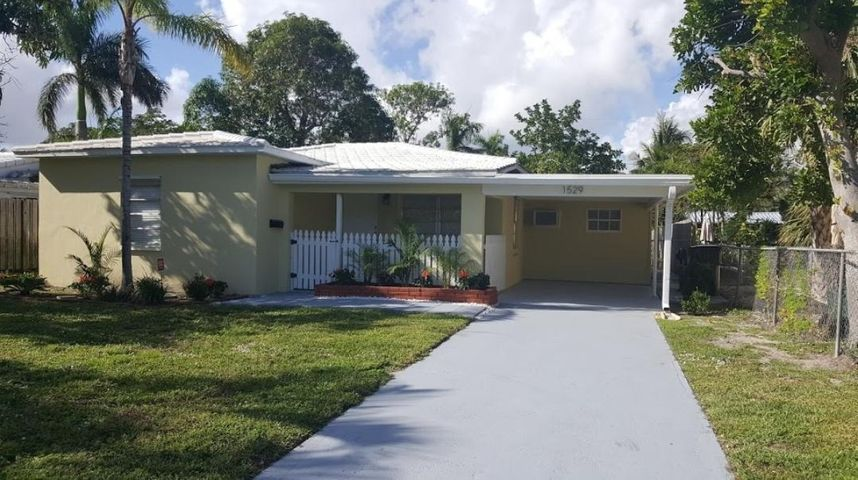 1529 NE 17th Way, Fort Lauderdale, FL 33304