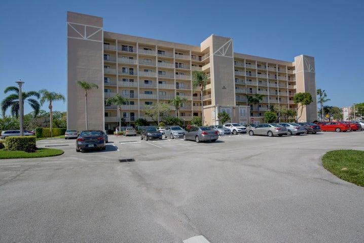 14476 Amberly Lane #403, Delray Beach, FL 33446