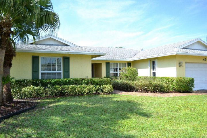 4282 Woods End Road, Boca Raton, FL 33487