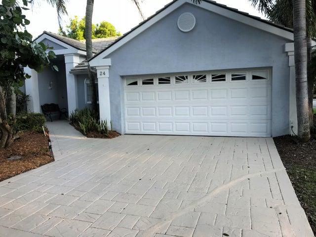 24 Admirals Court, Palm Beach Gardens, FL 33418