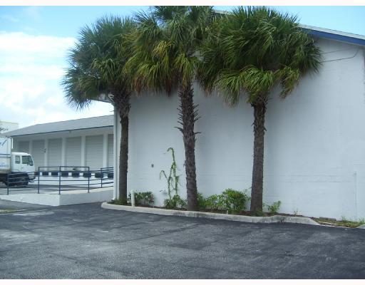 1209 S Swinton Avenue, Delray Beach, FL 33444