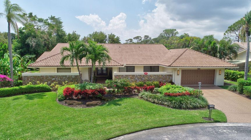 3554 Pine Lake Court, Delray Beach, FL 33445