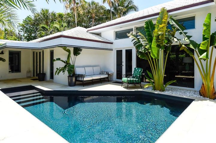 120 Via Vizcaya, Palm Beach, FL 33480