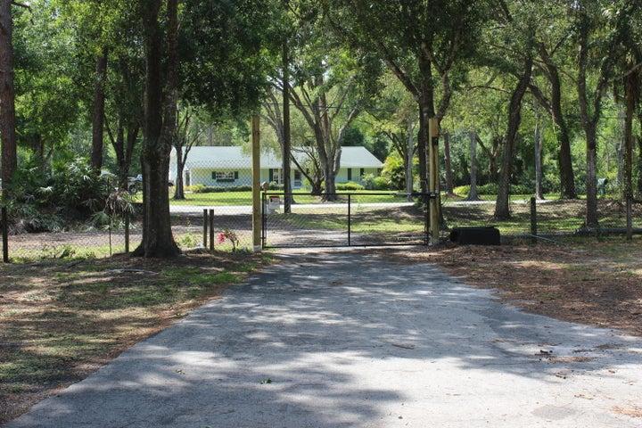 1640 Copenhaver Road, Fort Pierce, FL 34945