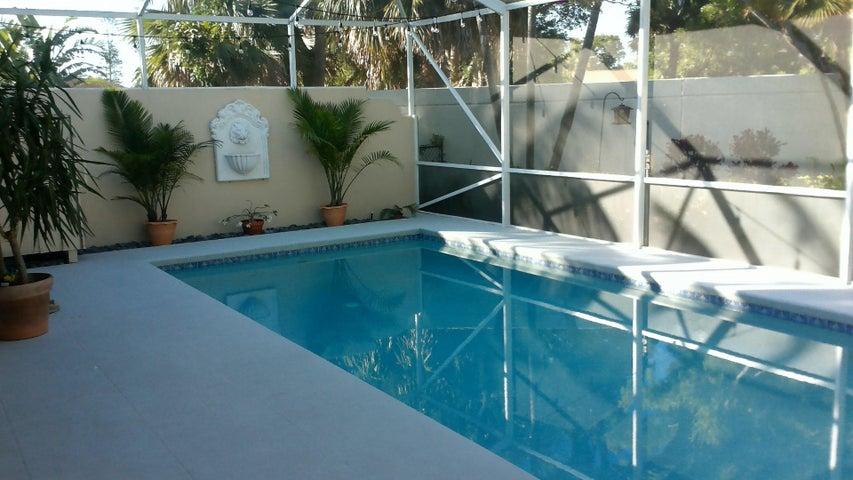 1093 Bedford Avenue, Palm Beach Gardens, FL 33403