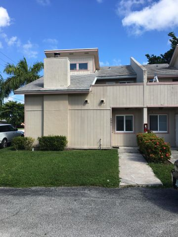 4091 Coral Springs Drive #1, Coral Springs, FL 33065