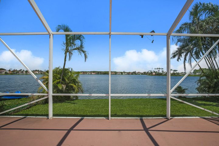 6693 Bayfront Drive, Margate, FL 33063
