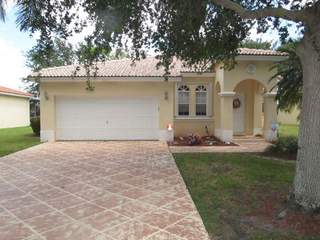 4245 NW 39th Place, Coconut Creek, FL 33073