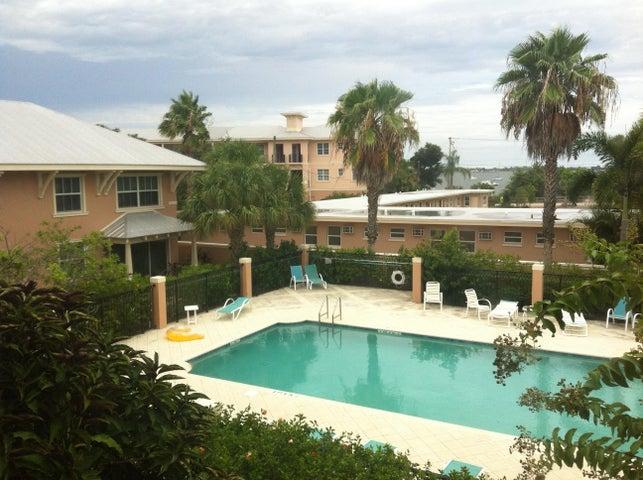 3653-3661 NE Pineapple Avenue, Jensen Beach, FL 34957