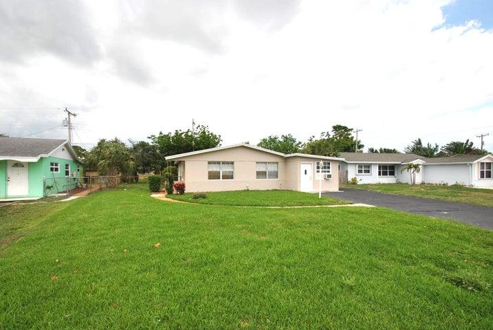 361 Garden Boulevard, Palm Beach Gardens, FL 33410