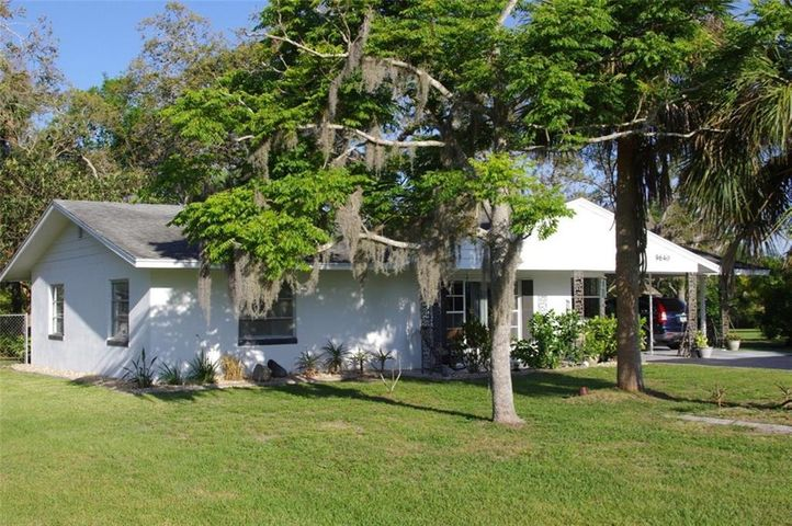 9640 Mockingbird Lane, Micco, FL 32976