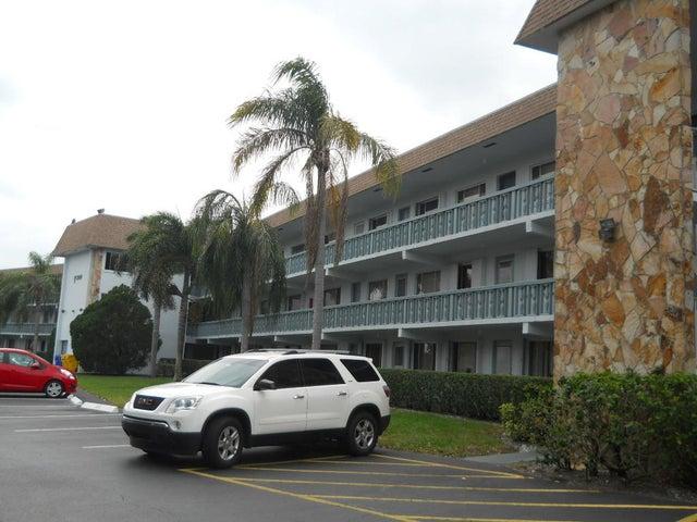 2100 Springdale Boulevard 212, Palm Springs, FL 33461