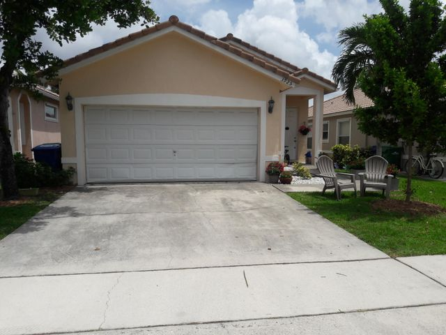 3925 NW 88th Terrace, Coral Springs, FL 33065