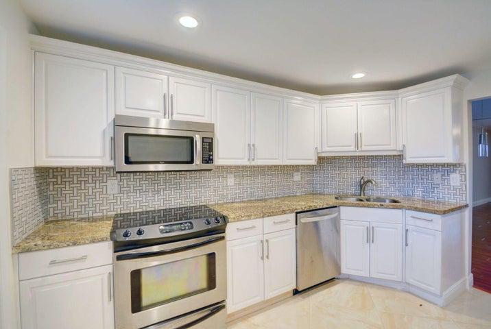 9101 W Sample Road 105, Coral Springs, FL 33065