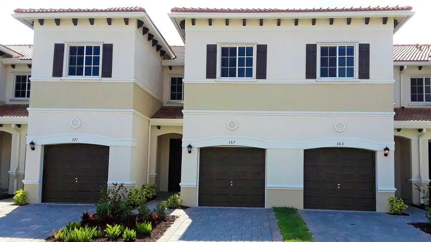 367 SE 1st Drive, Deerfield Beach, FL 33441