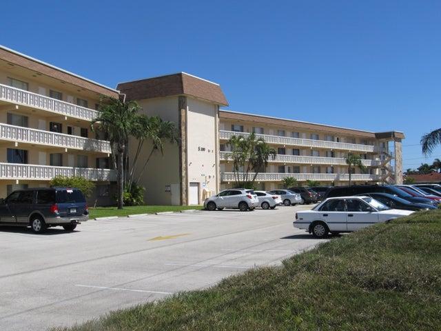 300 Village Green Circle S 301, Palm Springs, FL 33461