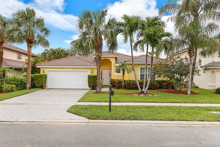 001-3758MoonBayCir-Wellington-FL-small