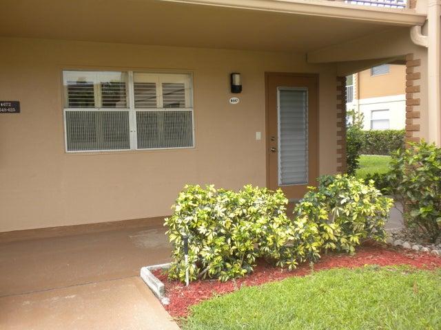 647 Flanders N, Delray Beach, FL 33448