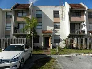 1746 NW 55th Avenue 204, Lauderhill, FL 33313