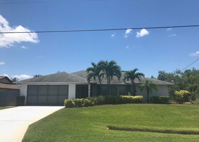 756 SE Seahouse Drive, Port Saint Lucie, FL 34983