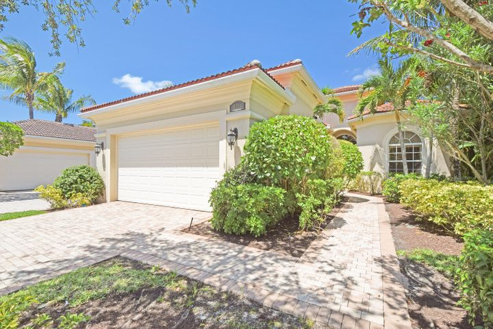 101 Porto Vecchio Way, Palm Beach Gardens, FL 33418