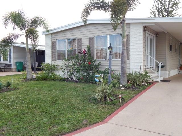 957 Frangi Pani Drive, Barefoot Bay, FL 32976