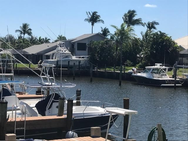 9160 SE Yacht Club Circle, Hobe Sound, FL 33455