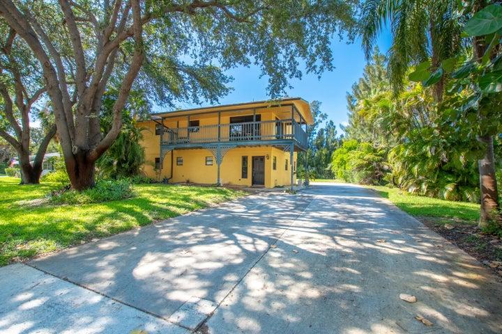 2687 Honey Road, North Palm Beach, FL 33403