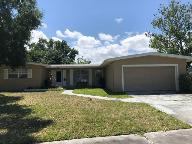 2784 Elm Drive NE, Palm Bay, FL 32905