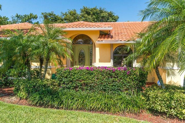 1053 Jason Way, West Palm Beach, FL 33406