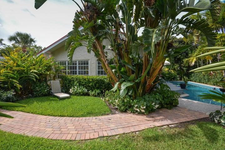 237 Dyer Road, West Palm Beach, FL 33405
